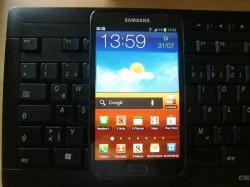 Samsung Galaxy Note N7000 im Größenvergleich