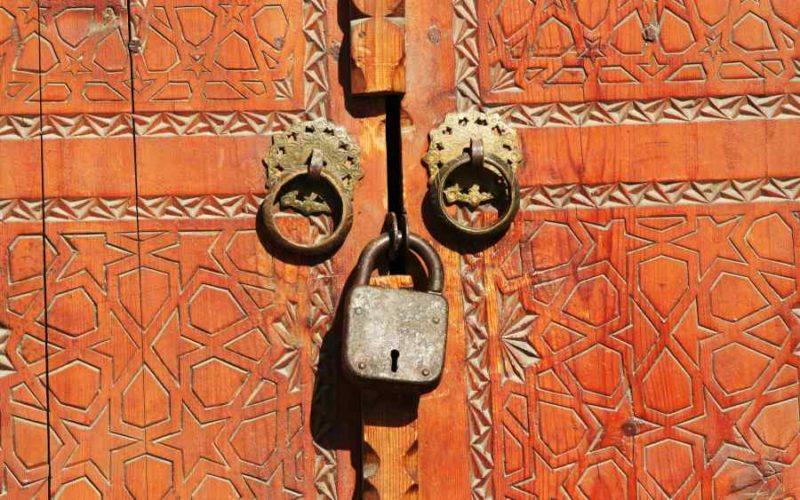 Symbolbild: Schloss, Sicherheit