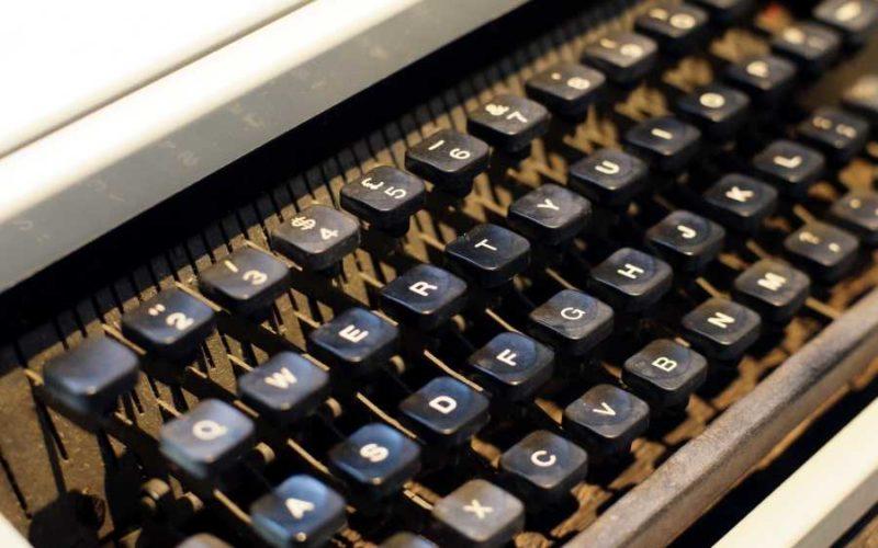 Symbolbild: Schreiben, Tippen